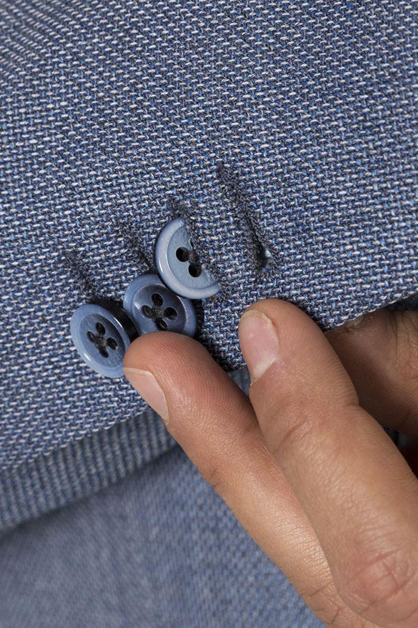 bottoni-giacca-blu